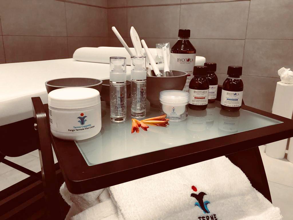 prodotti e olii massaggi centro benessere terme contursi