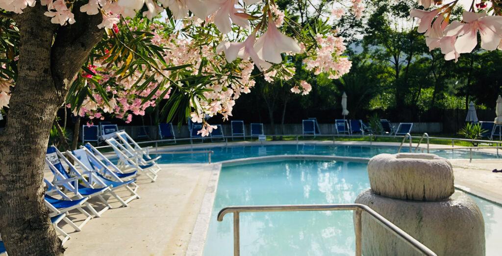 piscina esterna termale terme di contursi terme cappetta